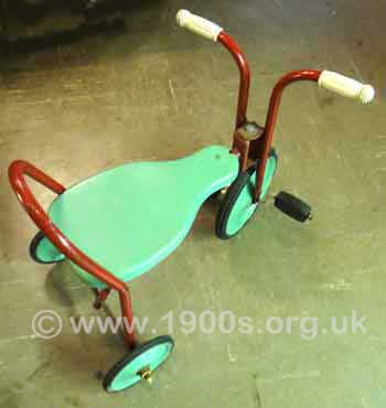Small tricycle, suitable for a very young child, 1930s