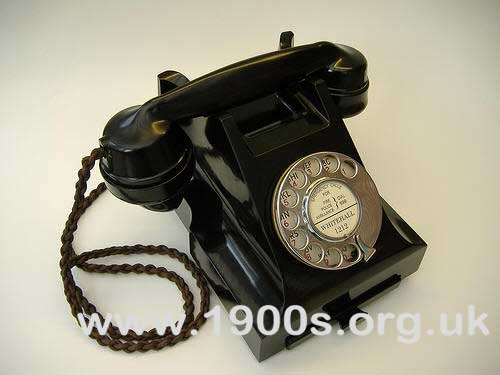 English domestic telephone from the early 1940s.