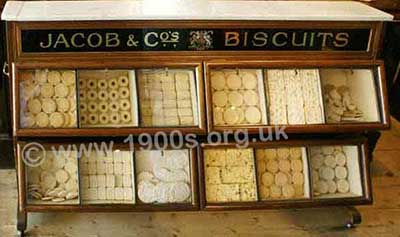 Display case for biscuits from the 1940s.