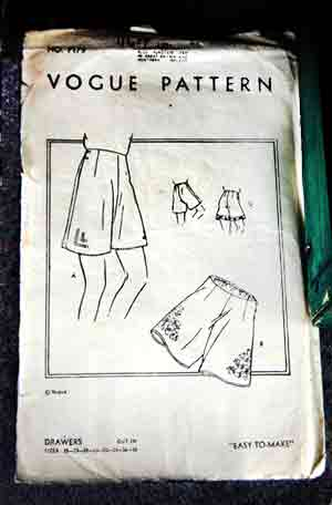 1940s paper pattern for making women's knickers