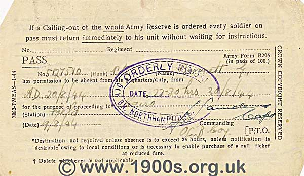 1944 army pass for being absent from quarters/duty for the purpose of travelling to Cairo