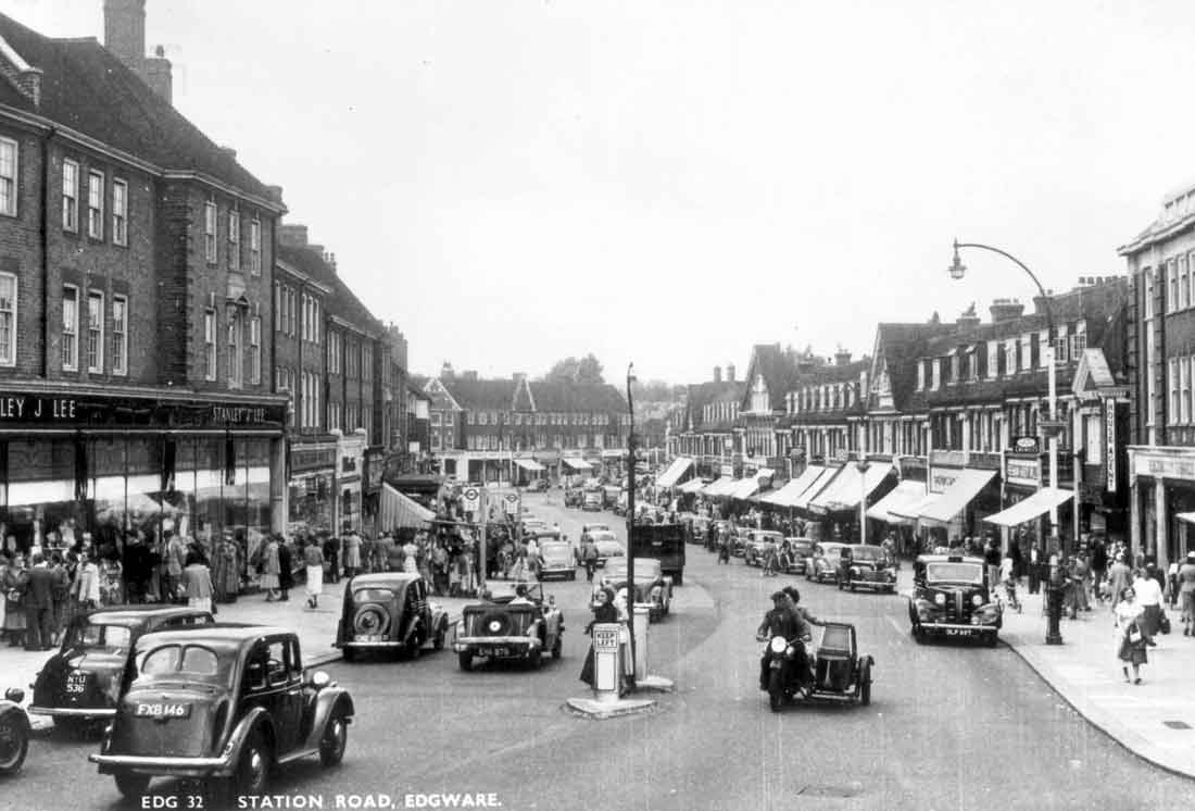 Station Road, Edgware, about 1950, looking north towards Edgwarebury Lane, c1950