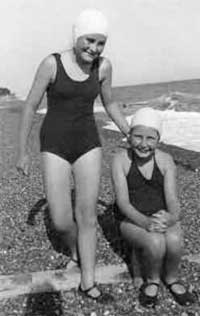 Going Swimming In 1940s And 1950s England