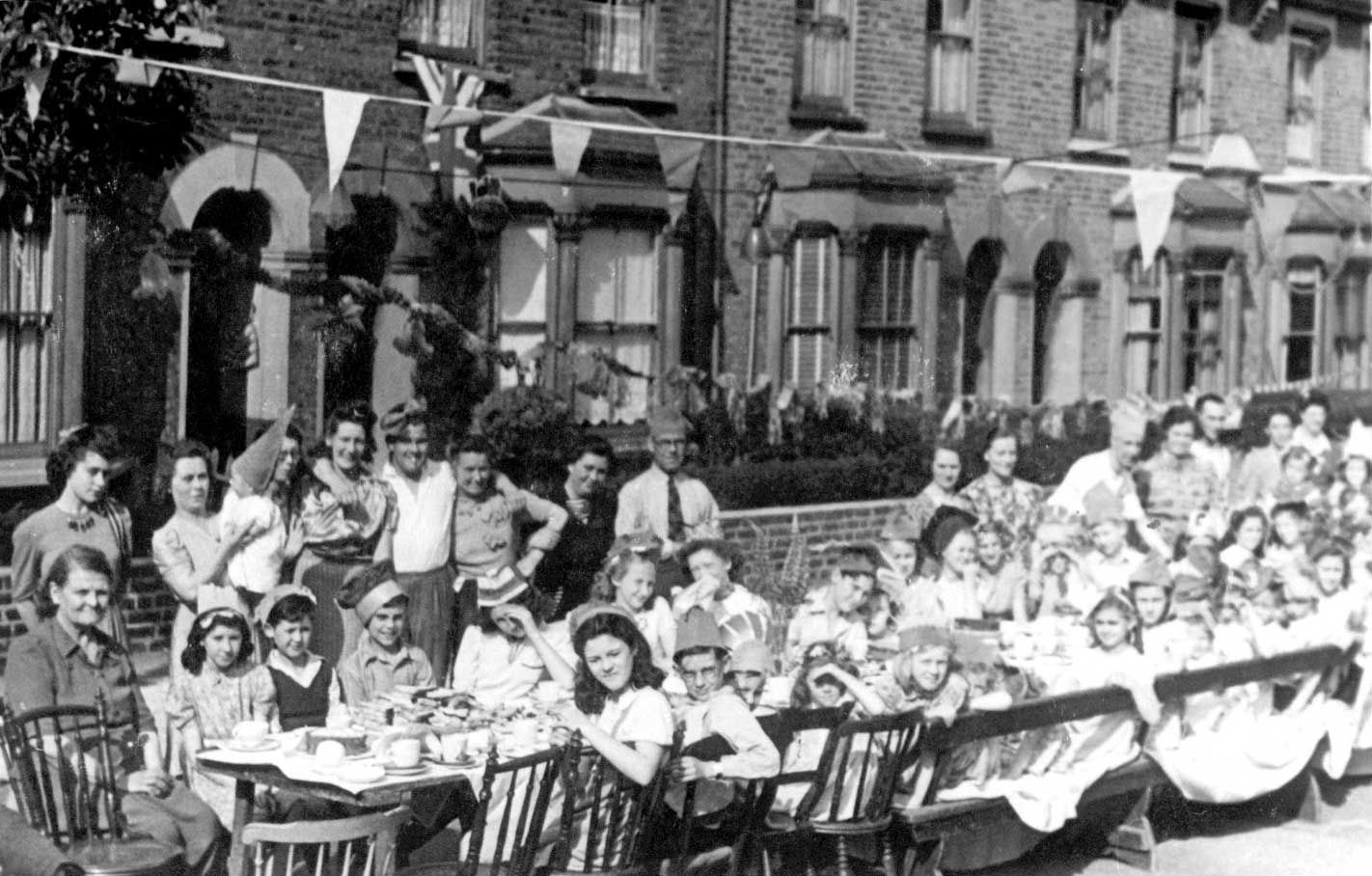 1945 World War Two Street Peace Party, Lopen Road, Edmonton, large image