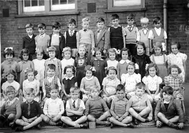 A class 3 infants at Silver Street School, Edmonton, sometime in the 1950s