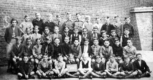 A class 8 at Silver Street School in the 1940s