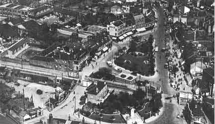 Edmonton Green, found in the effects of Ena Cole, 1920s/30s