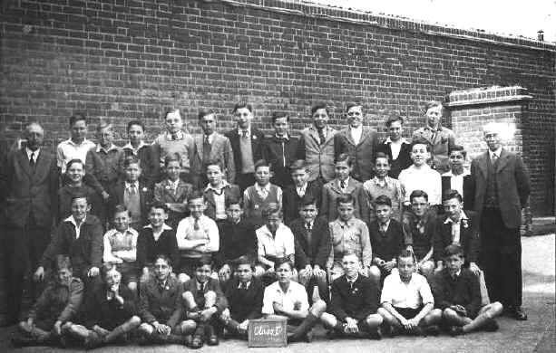 A class at Silver Street School, Edmonton, in 1948 or 1949