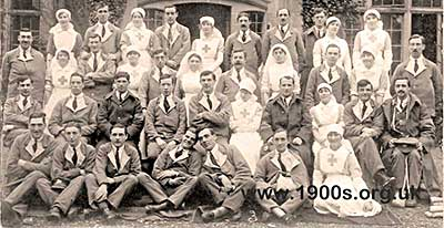 Nurses and soldiers at Caenshill Military Hospital the First World War