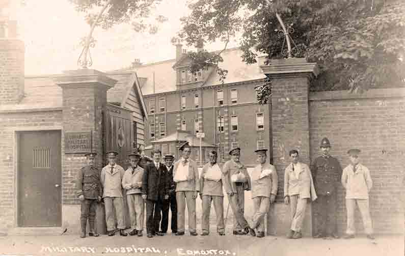 Wounded soldiers outside Edmonton Military Hospital in WW1