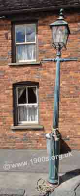 old gas street lamp