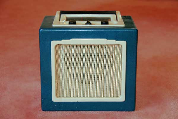 1952 radio: Ever Ready battery/valve, thumbnail
