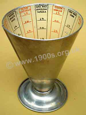 Old cook's measure for weighing ingredients by volume showing the old imperial weight system of ounces and pounds.